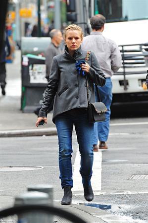 Kristen Bell in Manhattan - October 10, 2012