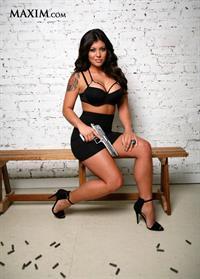 Michelle Viscusi in lingerie