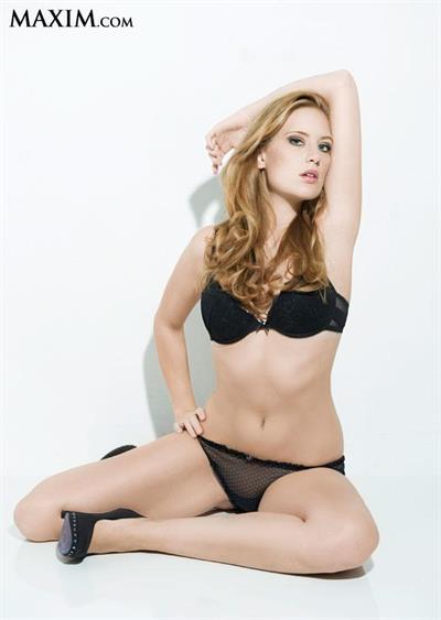 Sara Ferroni in lingerie