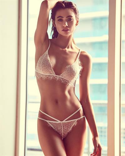 Kelli Seymour in lingerie