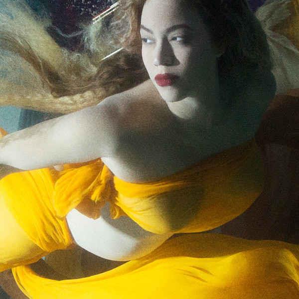 Beyonce underwater photo