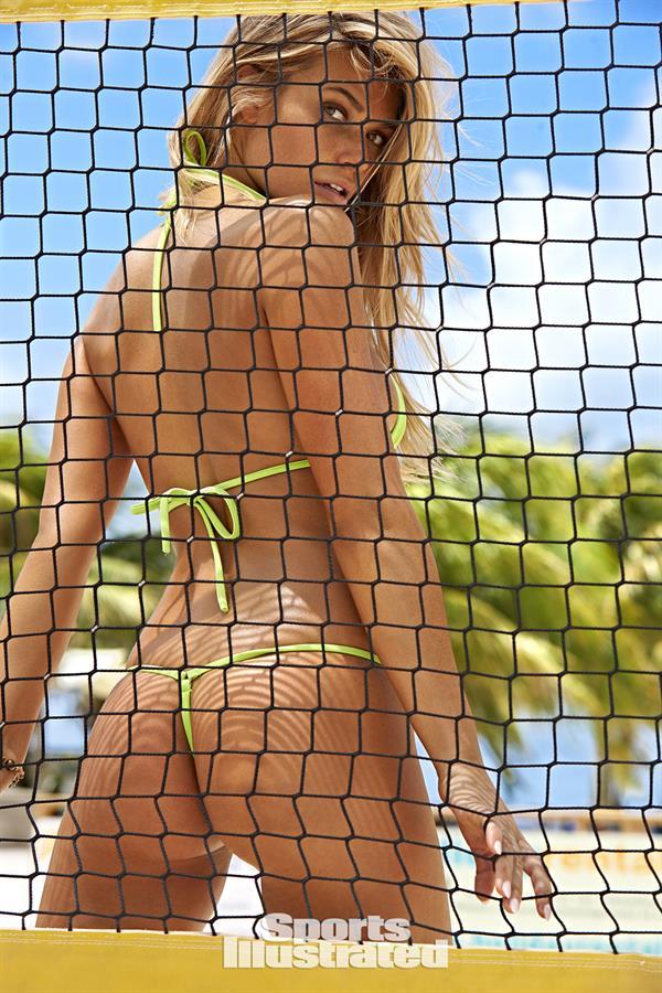 Samantha Hoopes has a great ass