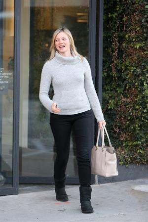 Amy Smart leaves hair salon in West Hollywood 1/3/13