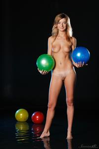 Ekaterina D playing with balls