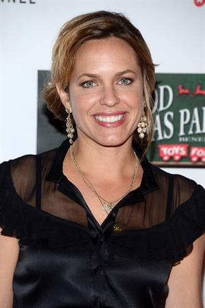 Arianne Zucker The 2012 Hollywood Christmas Parade (Nov 25, 2012)