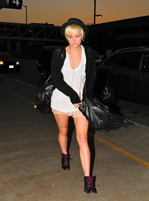 Ashlee Simpson LAX Airport on July 6, 2011