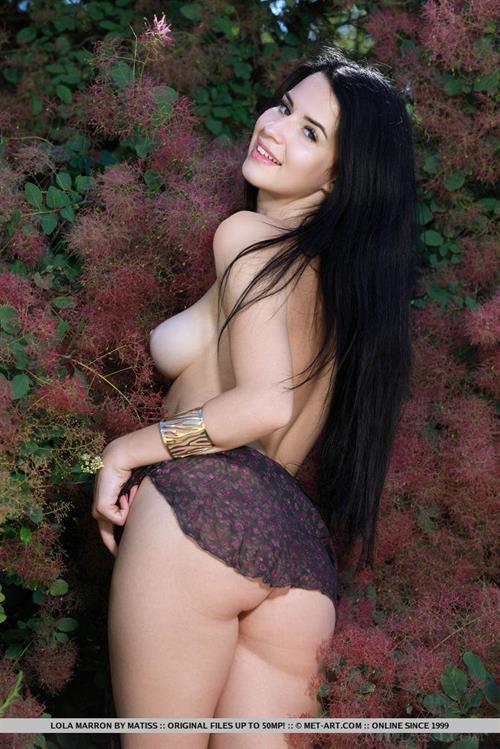 Lola Marron - tits and ass