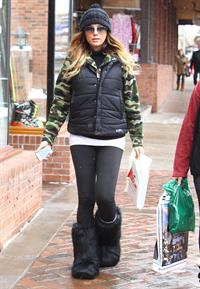 Daisy Fuentes Christmas shopping in Aspen 12/24/12