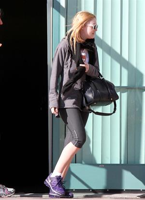 Dakota Fanning At the Gym in North Hollywood - 01/11/2013