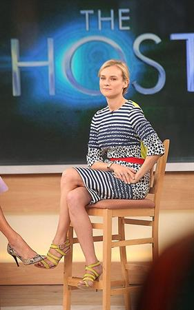Diane Kruger Visits Good Morning America in New York on March 28, 2013