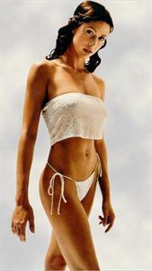 Shannon Elizabeth in a bikini