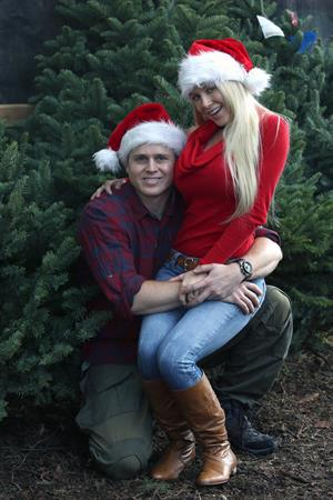 Heidi Montag Get into the festive spirit and step out to pick up a Christmas Tree on December 5, 2012