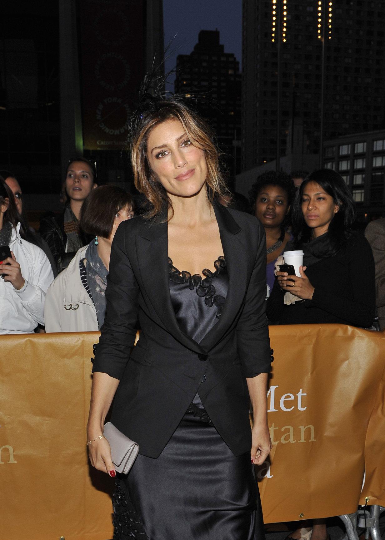 Jennifer Esposito 2012 Metropolitan Opera Season Opening Night  L'Elisir D'Amore  (Sep 24, 2012)