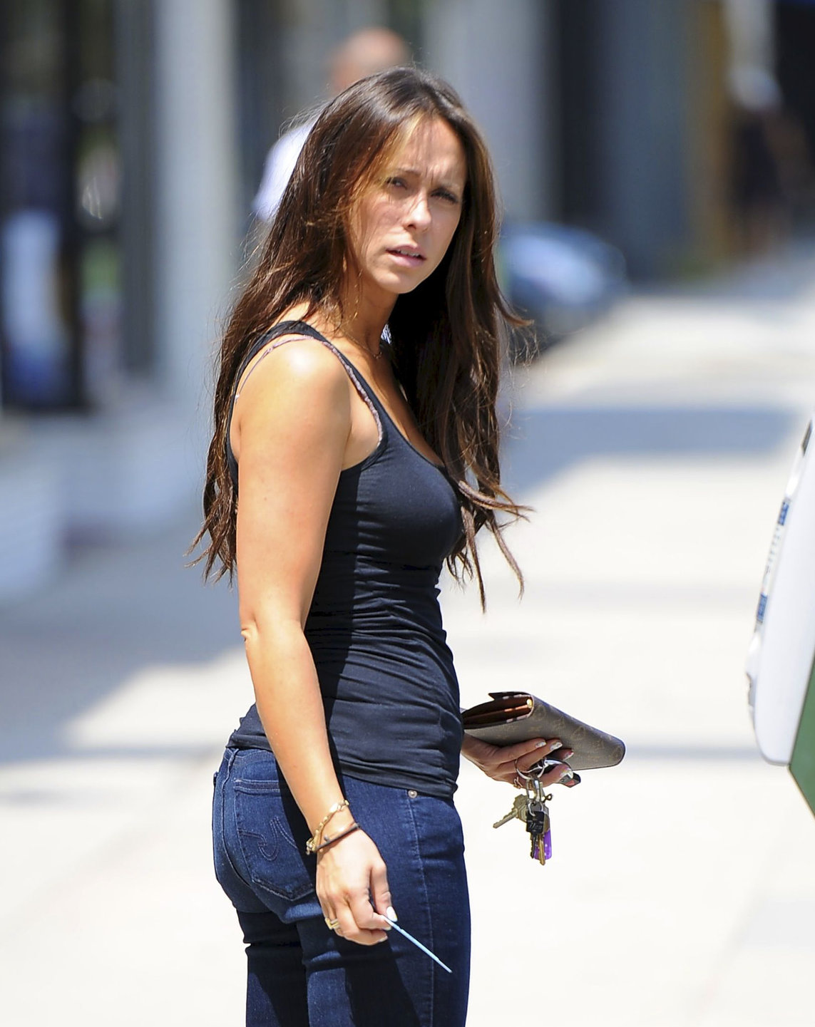 Jennifer Love Hewitt LA Candids June 3rd 2012