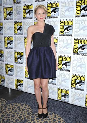 Jennifer Morrison - At The 2012 Comic Con  Once Upon A Time  panel in San Diego July 14, 2012