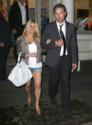 Jessica Simpson out with boyfriend in New York on May 21, 2011