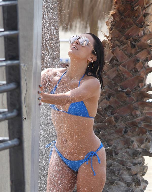 Eva Longoria shower