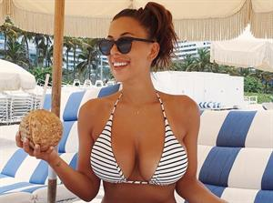45 Mysteriously Hot Instagram Pics of Devin Brugman