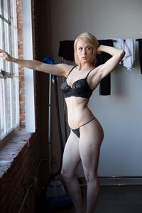 Iliza Shlesinger in lingerie