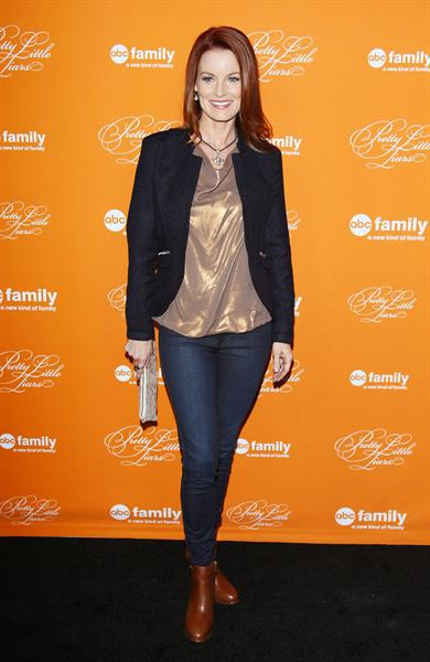 Laura Leighton  Pretty Little Liars  Halloween Episode Premiere (Oct 16, 2012)