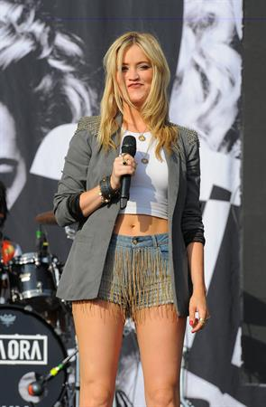 Laura Whitmore Yahoo! Wireless Festival - Day 2 - London, July 13, 2013