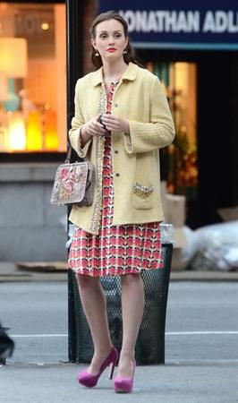 Leighton Meester - On the set of Gossip Girl in New York - August 28, 2012