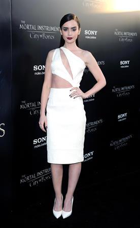 Lily Collins The Mortal Instruments City Of Bones Premiere LA 8/12/2013