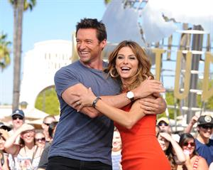 Maria Menounos on the set of EXTRA at Universal Studios in Hollywood on September 12, 2013