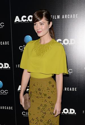 Mary Elizabeth Winstead  A.C.O.D.  - Los Angeles Premiere, Sep 26, 2013