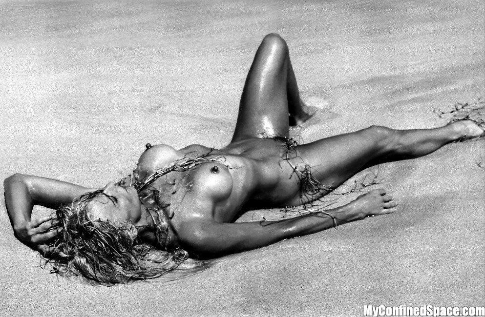 Nude farrah fawcett Orlando Sentinel