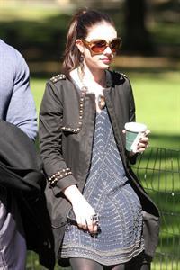 Michelle Trachtenberg on the Set of Gossip Girl in Central Park - September 24, 2012