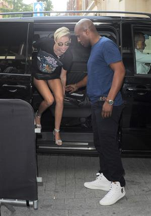 Miley Cyrus Spotted in a Join A Weird Trip T-shirt outside the London Studios in London (18.07.2013)