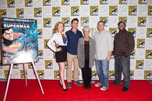 Molly Quinn WonderCon Anaheim 2013 Day 1 -- Mar. 29, 2013