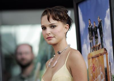"Natalie Portman – ""Garden State"" LA Premiere 7/14/04"