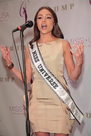 Olivia Culpo Attends the crowning ceremony of the new Miss USA (Jan 9, 2013)