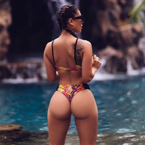 Tianna Gregory in a bikini - ass