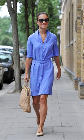 Pippa Middleton - Out in London on August 17, 2012
