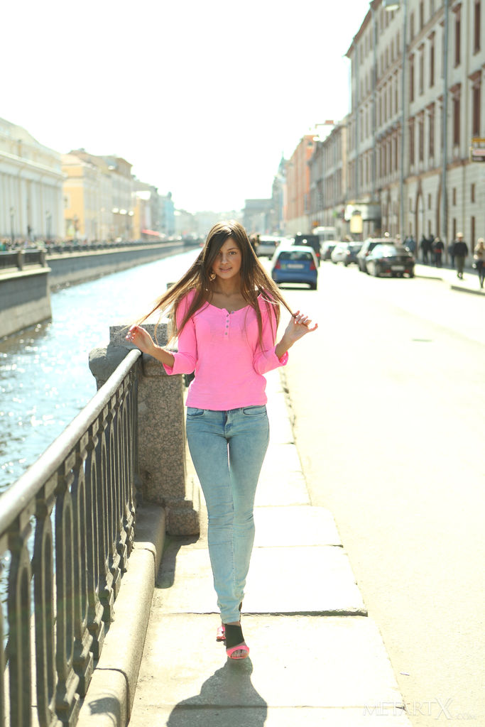 Maria Ryabushkina Pictures. Melena A in La Creme for