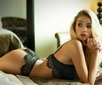 Melinda London in lingerie