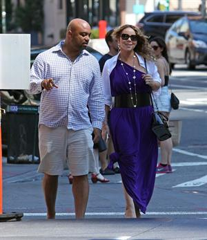 Mariah Carey strolls around New York City August 25, 2014