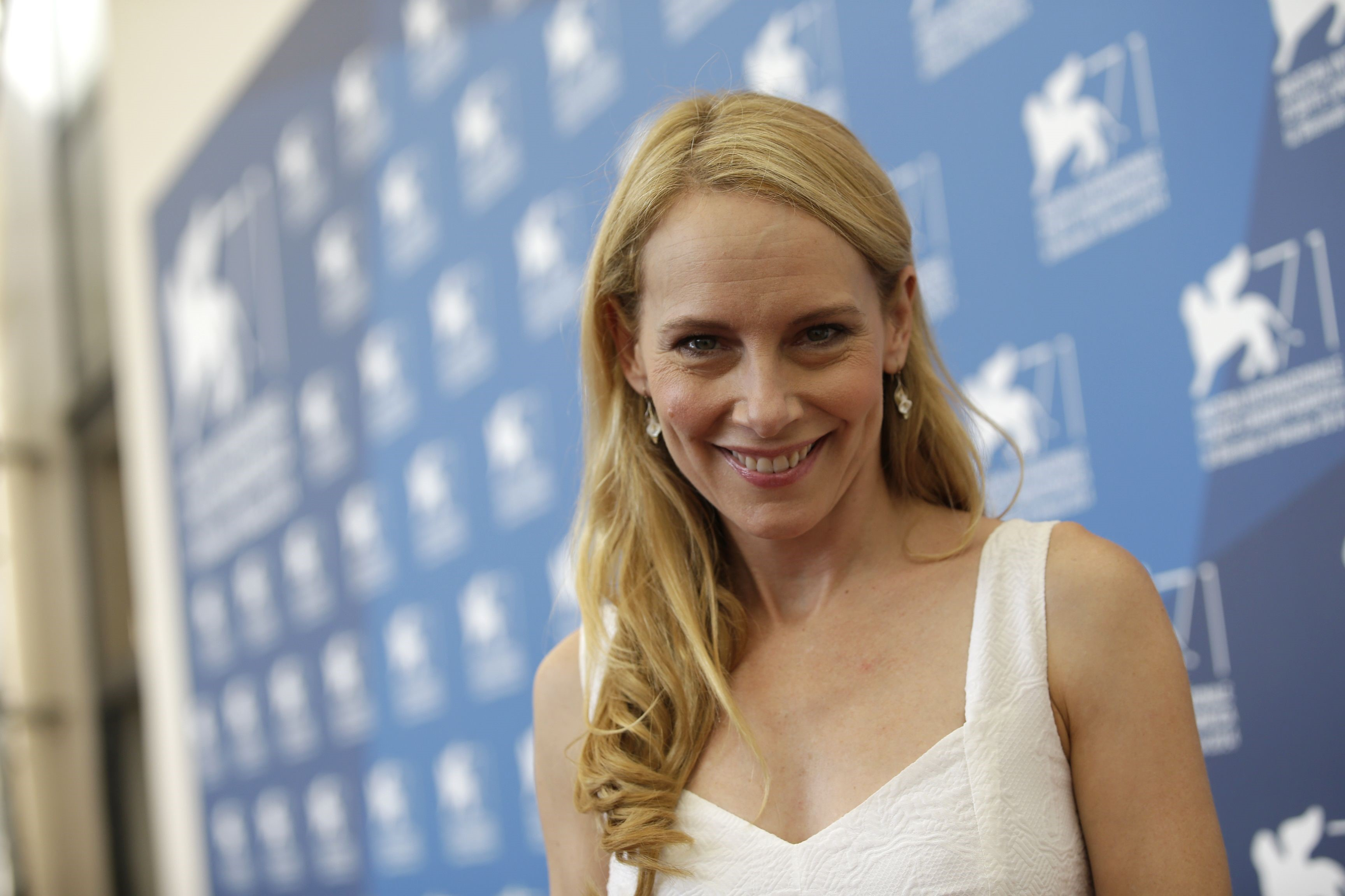 amy ryan hot