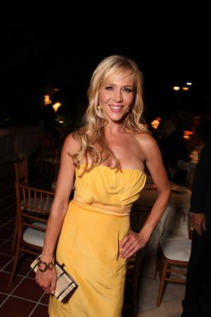 Julie Benz in a yellow dress at a Showtime CBS event