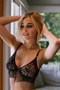 Elizabeth Turner in lingerie