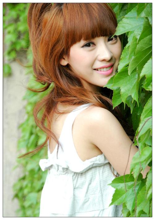 Ada Liu Yan Pictures. Hotness Rating = 7.97/10