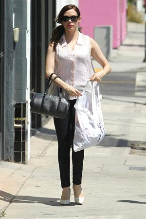 Rose McGowan - Shop on Melrose LA 19.08.12