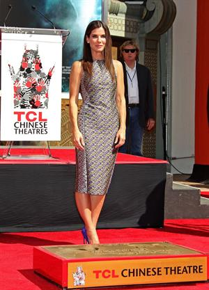 Sandra Bullock Immortalizal with hand and footprint Ceremony in Hollywood 25.09.13