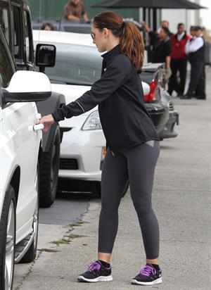 Minka Kelly leaving the gym in LA 12/14/12