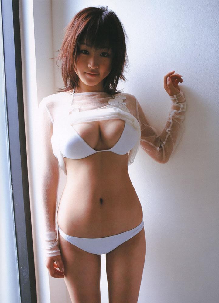 Risa Shimamoto in a bikini