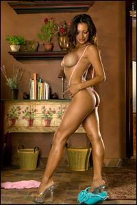 Candice Cardinele poses naked