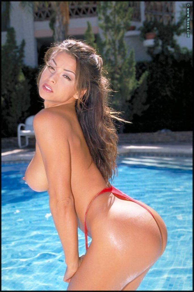 Sexy kareena kapoor nude-3597